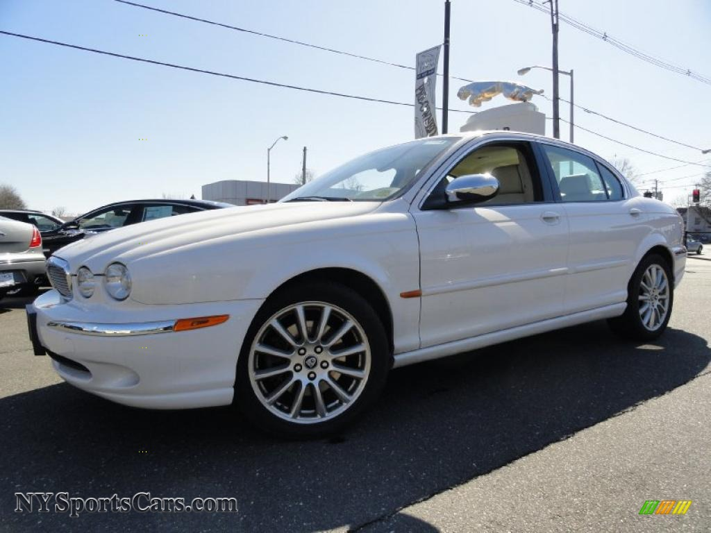 2007 Jaguar X-Type 3.0 in White Onyx - J18128 | NYSportsCars.com - Cars for sale in New York