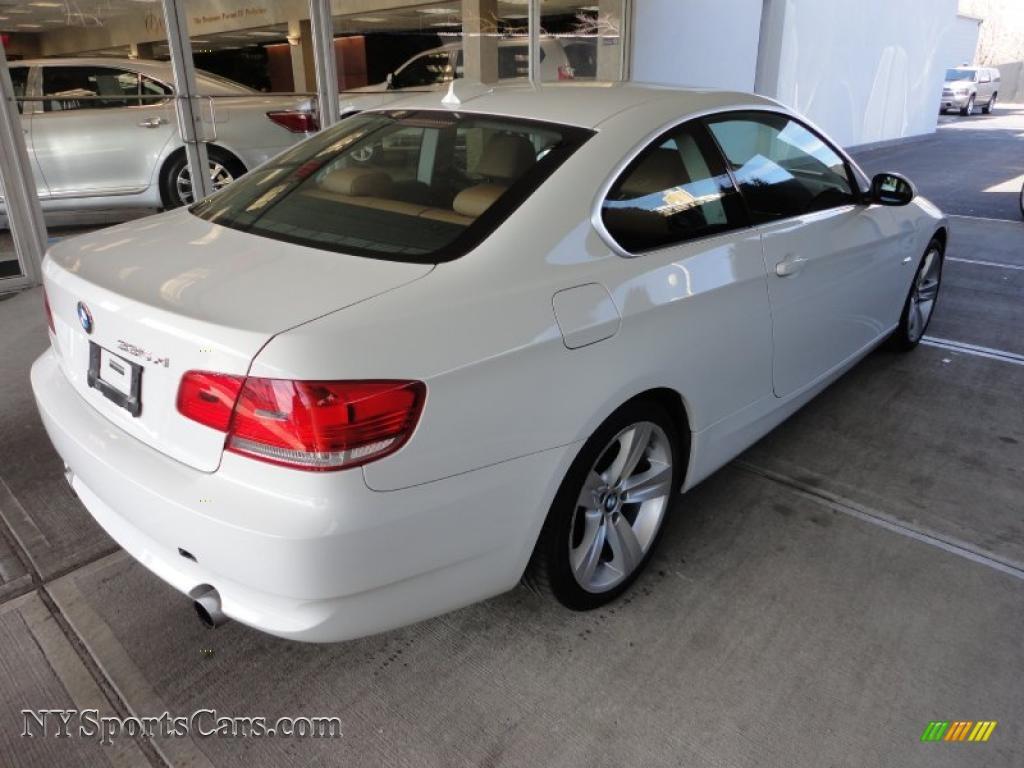 bmw 335xi coupe white