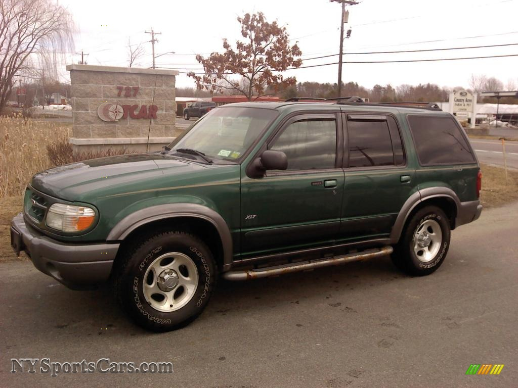 2001 ford explorer xlt 4x4 in tropic green metallic. Black Bedroom Furniture Sets. Home Design Ideas