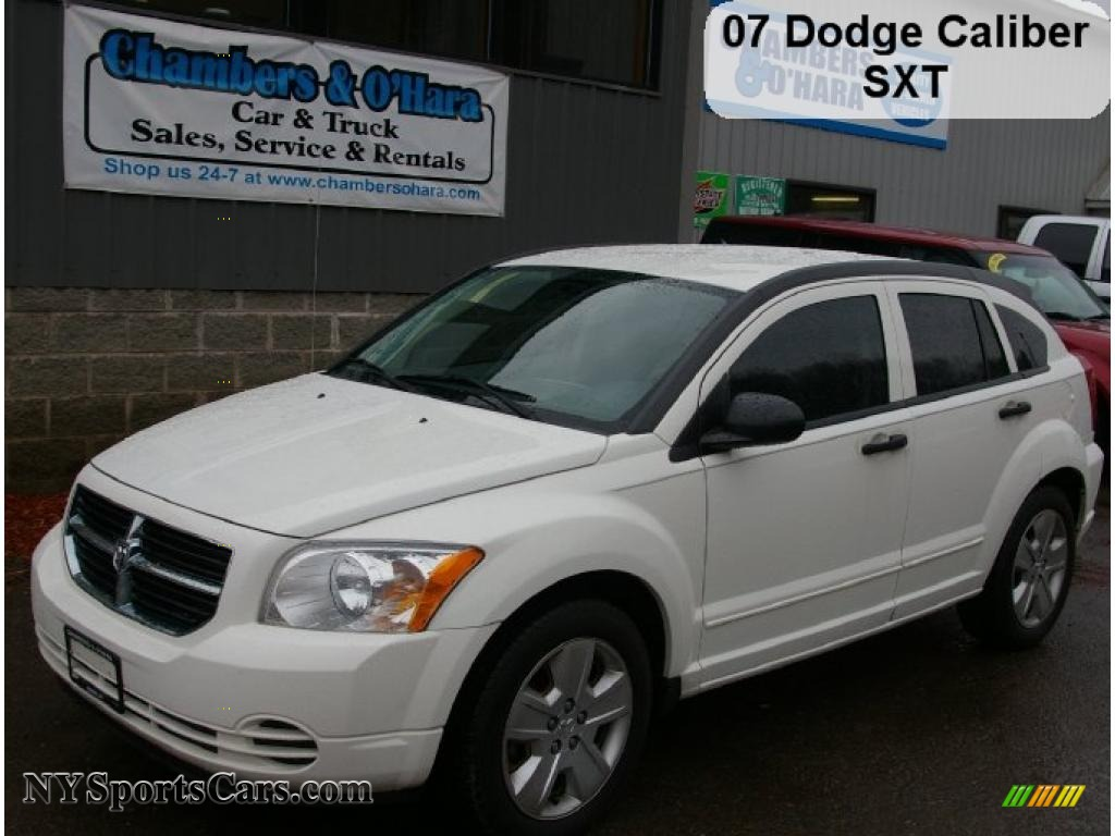 2007 dodge caliber sxt in stone white photo 7 115241. Black Bedroom Furniture Sets. Home Design Ideas