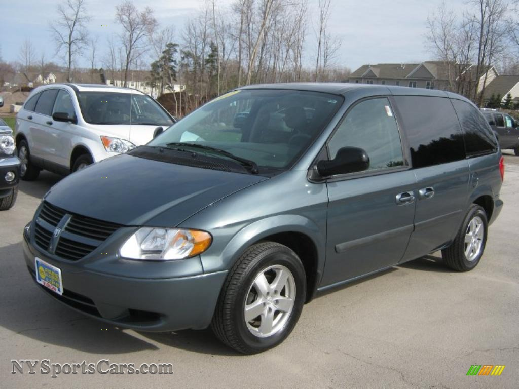 2007 dodge caravan sxt in magnesium green pearl 143795. Black Bedroom Furniture Sets. Home Design Ideas