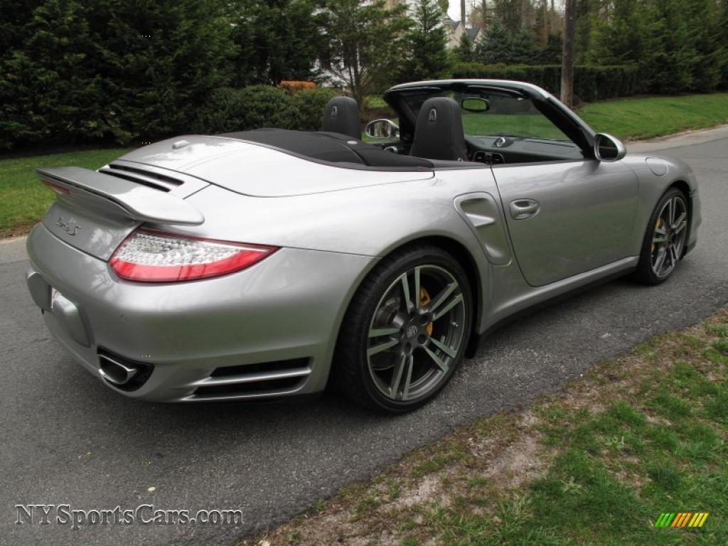 2011 porsche 911 turbo s cabriolet in gt silver metallic photo 6 773354. Black Bedroom Furniture Sets. Home Design Ideas
