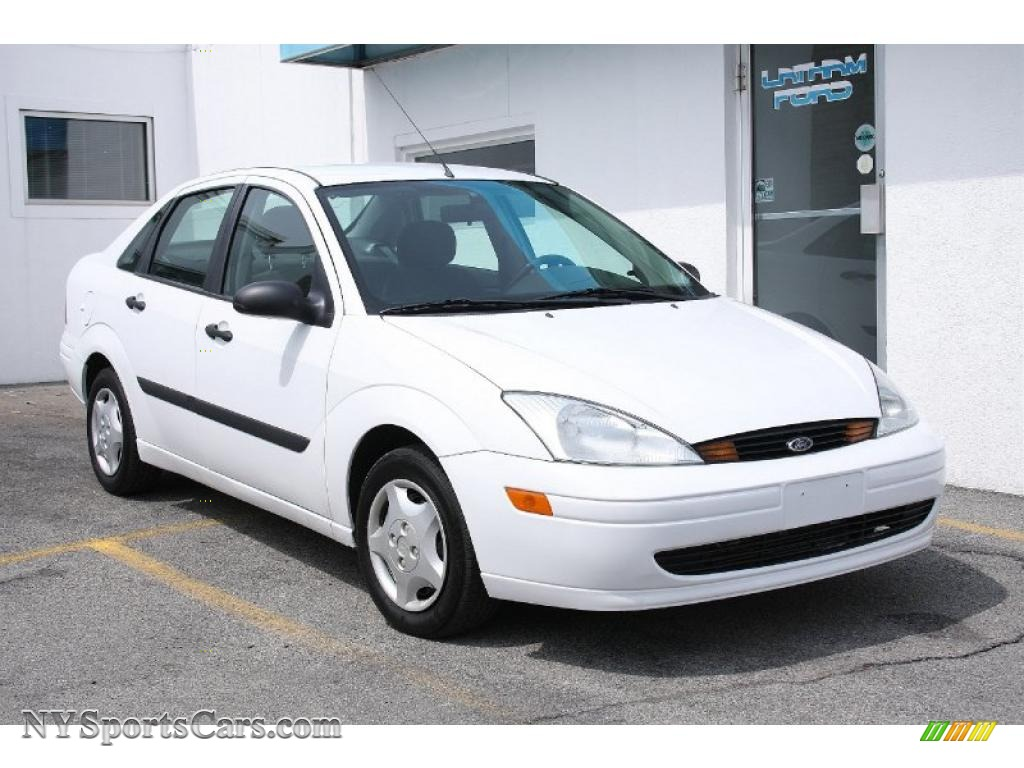 2002 Ford Focus Lx Sedan In Cloud 9 White Photo 11
