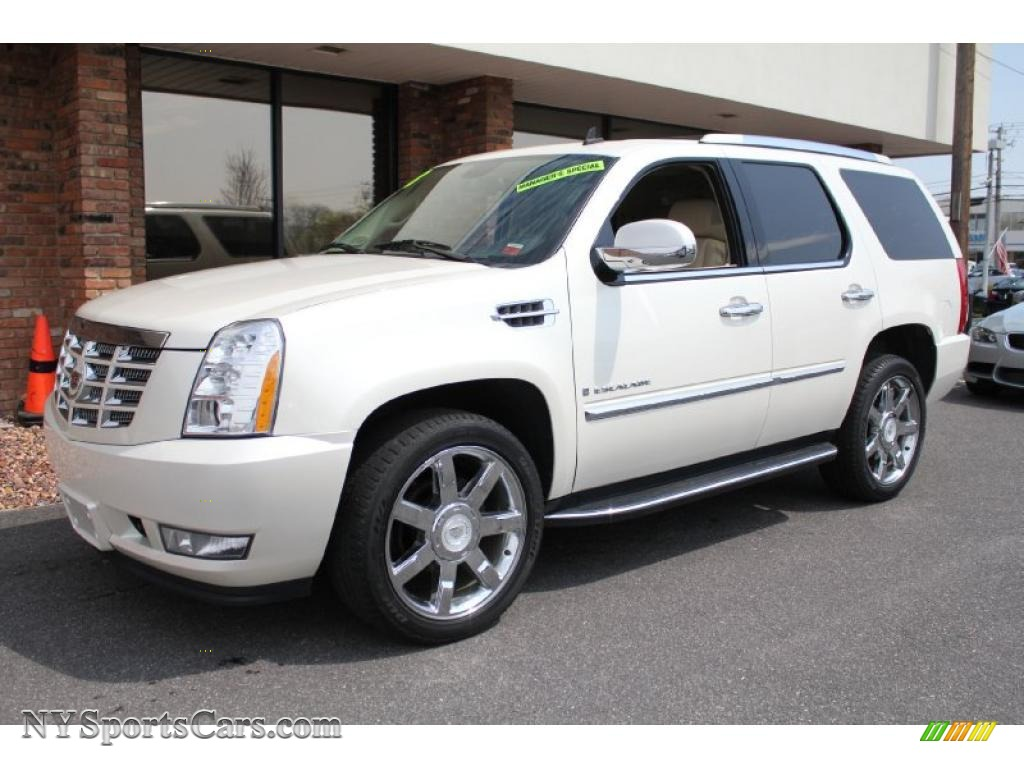 2008 cadillac escalade awd in white diamond 273026. Black Bedroom Furniture Sets. Home Design Ideas