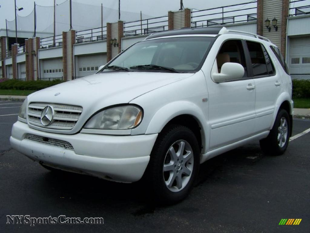 2000 mercedes benz ml 430 4matic in polar white 190843. Black Bedroom Furniture Sets. Home Design Ideas