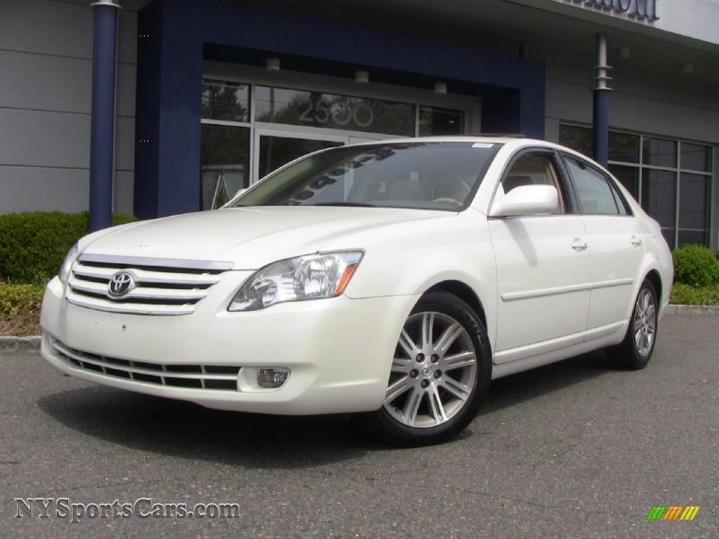 2007 Toyota Avalon Limited in Blizzard White Pearl ...