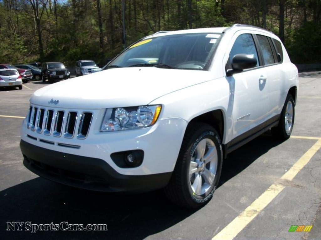 2011 Jeep Compass 2 4 Latitude 4x4 In Bright White