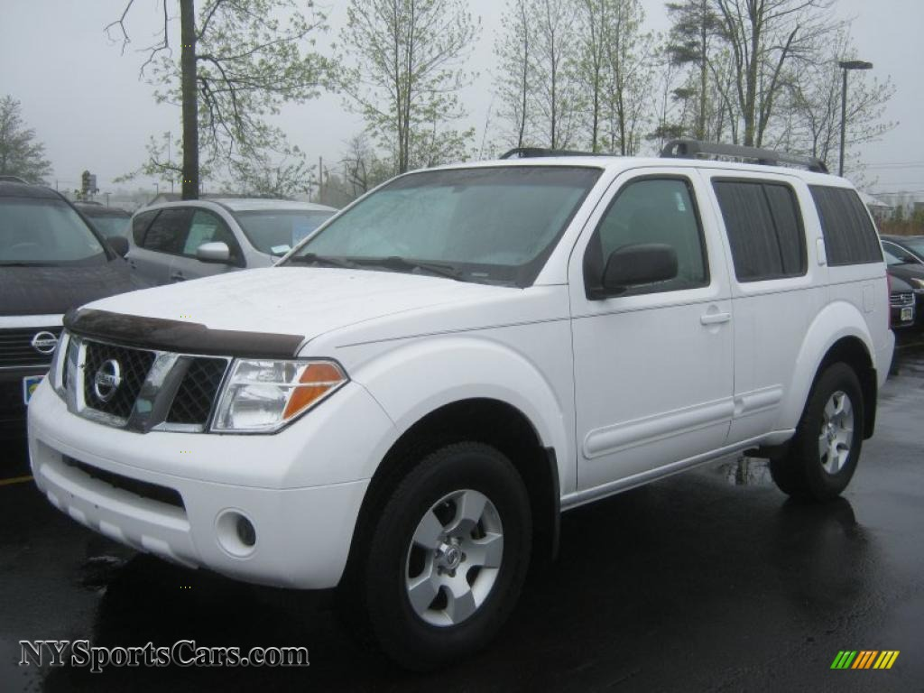 2006 Nissan Pathfinder Se 4x4 In Avalanche White 621328