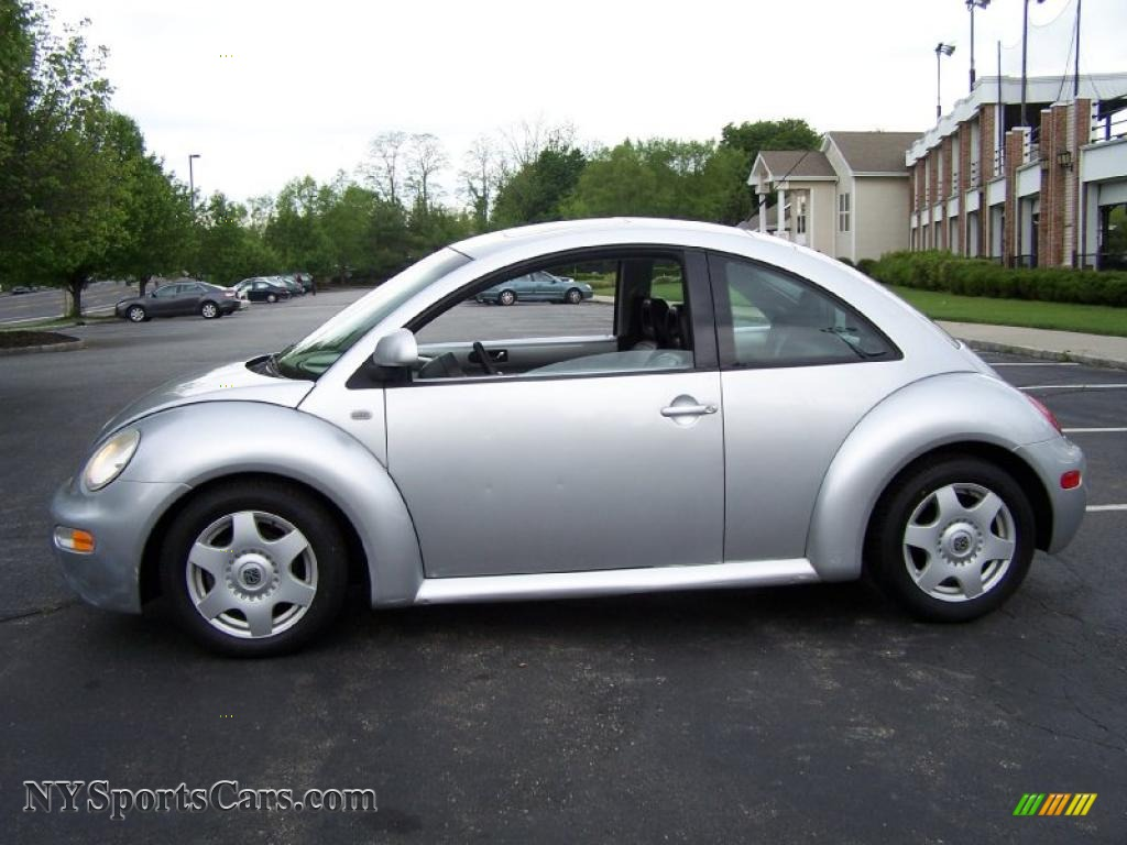 2000 volkswagen new beetle gls coupe in silver metallic. Black Bedroom Furniture Sets. Home Design Ideas