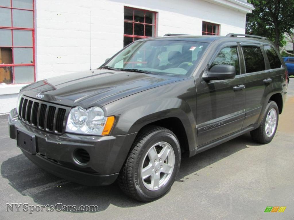 2005 jeep grand cherokee laredo 4x4 in dark khaki pearl 516635 cars for. Black Bedroom Furniture Sets. Home Design Ideas