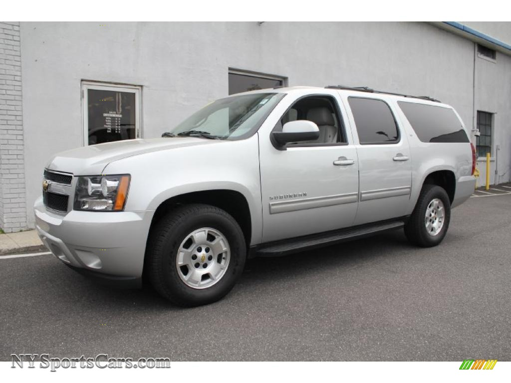 2011 chevrolet suburban lt 4x4 in sheer silver metallic. Black Bedroom Furniture Sets. Home Design Ideas