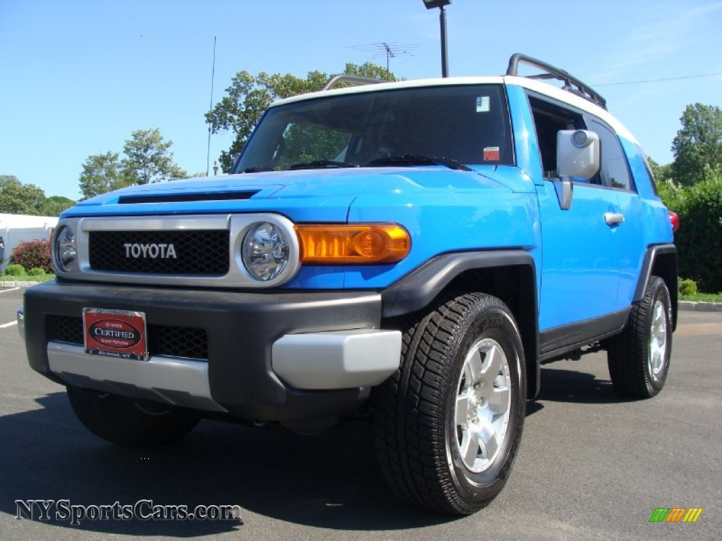 2008 toyota fj cruiser 4wd in voodoo blue 044781. Black Bedroom Furniture Sets. Home Design Ideas