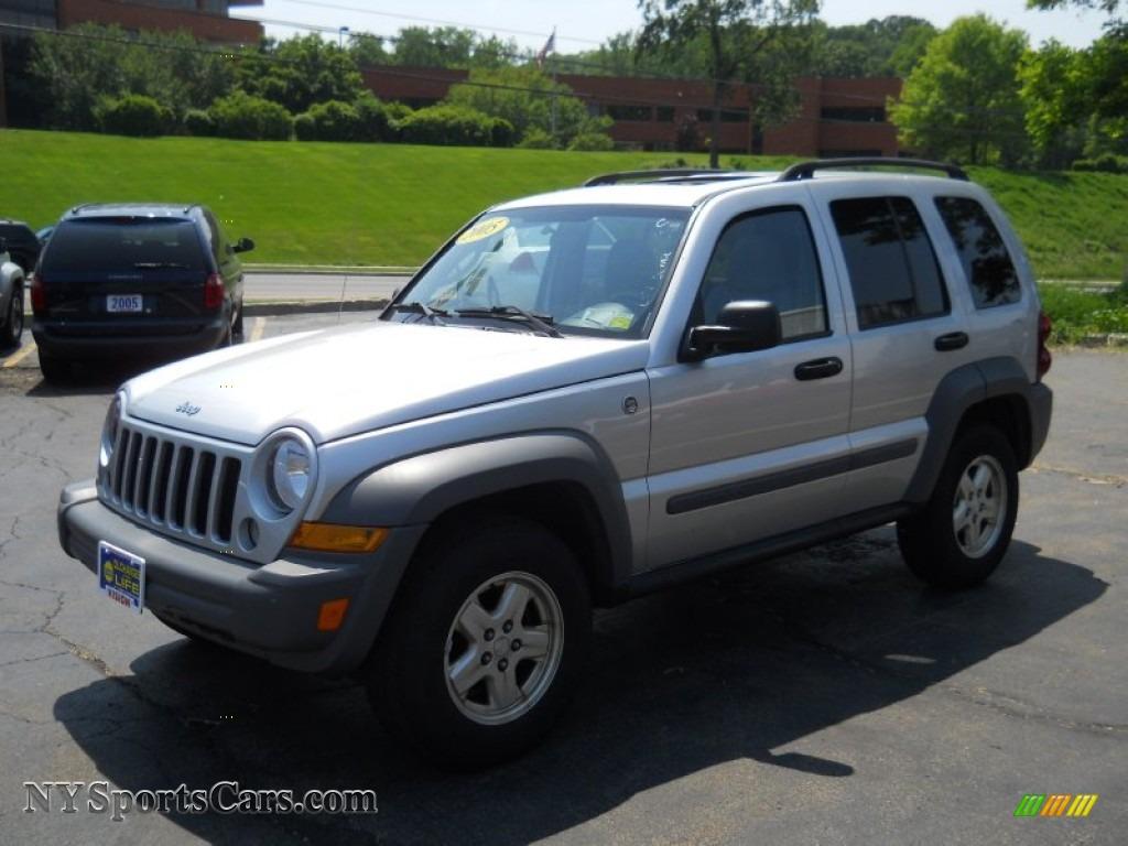 2005 Jeep Liberty Sport 4x4 In Bright Silver Metallic