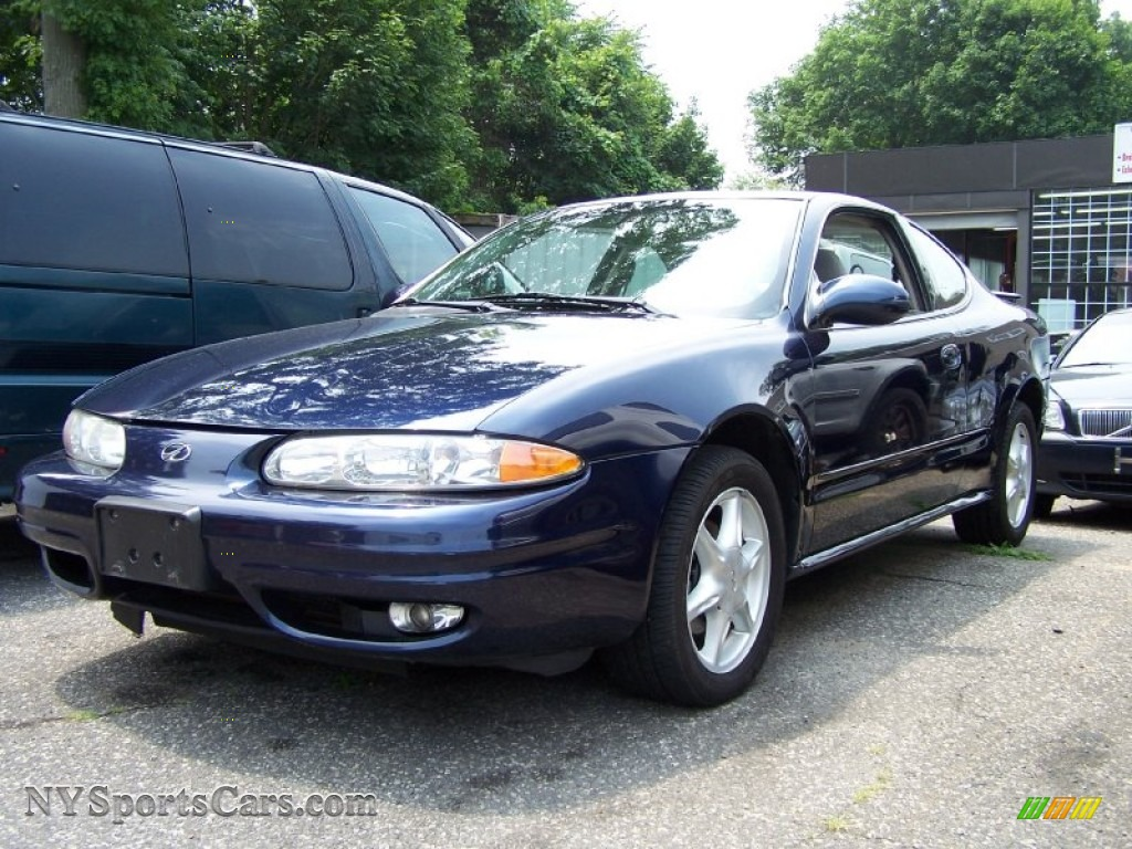 2001 oldsmobile alero gl coupe in midnight blue metallic 235949 nysportscars com cars for sale in new york nysportscars com