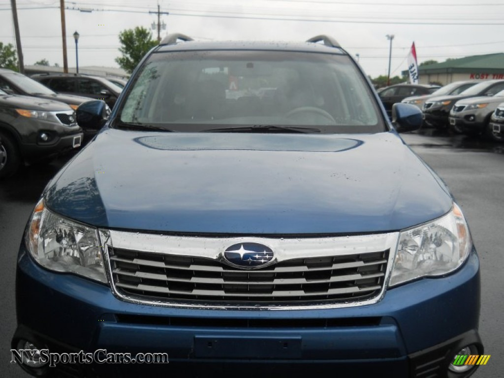 2010 Subaru Forester 2.5 X Limited in Newport Blue Pearl ...