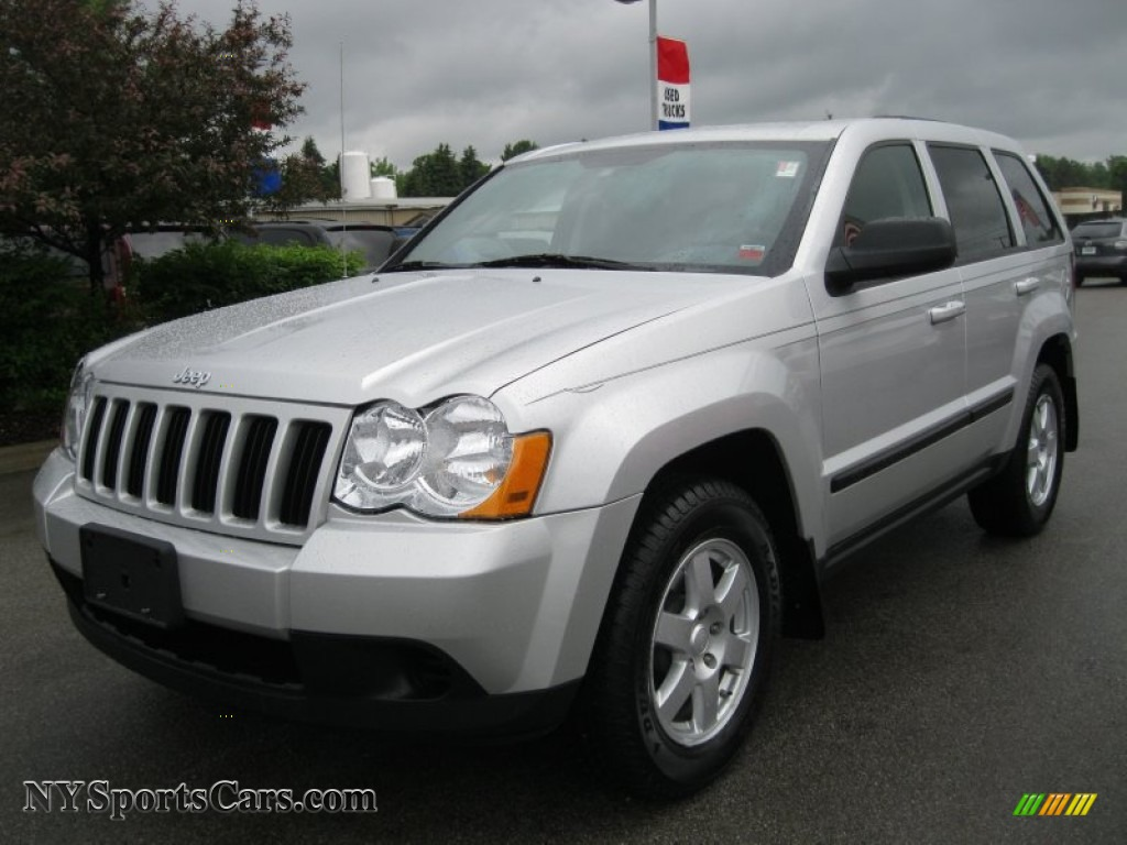 2008 jeep grand cherokee laredo 4x4 in bright silver. Black Bedroom Furniture Sets. Home Design Ideas