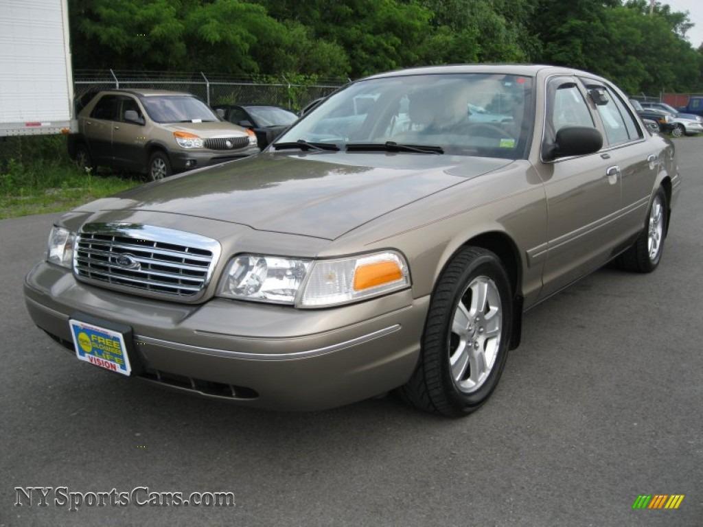 2004 Ford Crown Victoria Lx In Arizona Beige Metallic