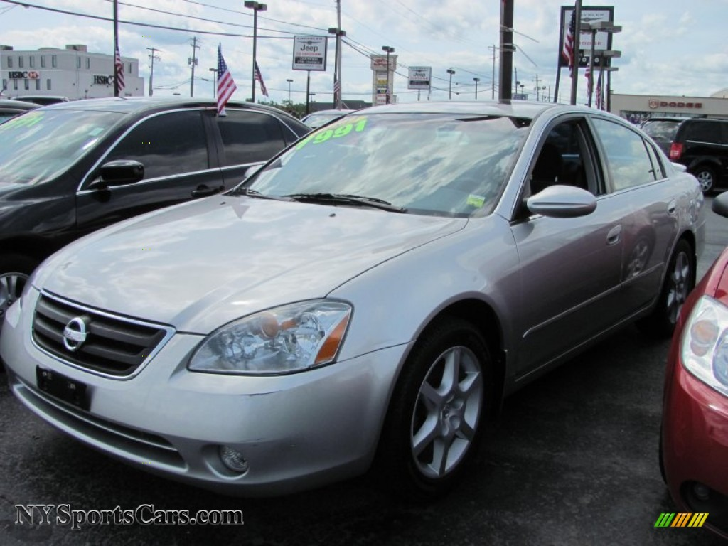 2002 Nissan Altima 3 5 Se In Sheer Silver Metallic