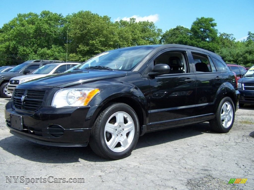 2008 Dodge Caliber Se In Brilliant Black Crystal Pearl