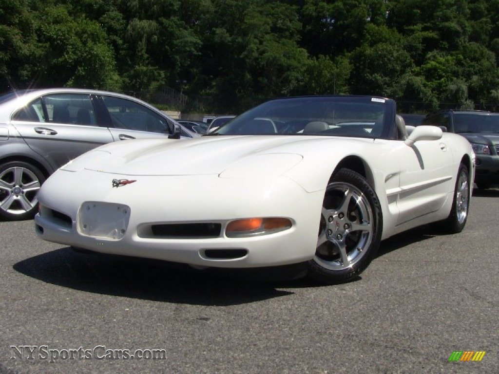 2002 chevrolet corvette convertible in speedway white - 107409