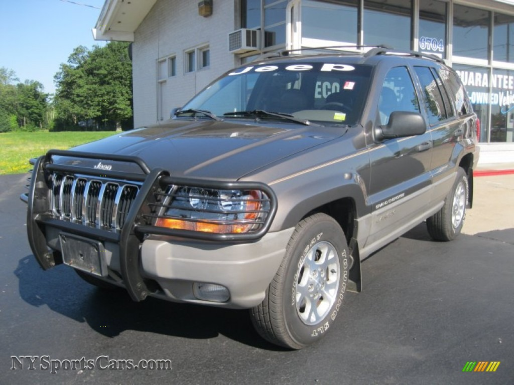 2000 jeep grand cherokee laredo 4x4 in taupe frost. Black Bedroom Furniture Sets. Home Design Ideas