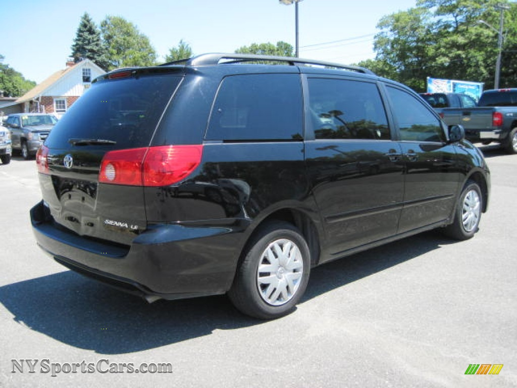 2009 toyota sienna le in black photo 3 256408 cars for sale in new york. Black Bedroom Furniture Sets. Home Design Ideas