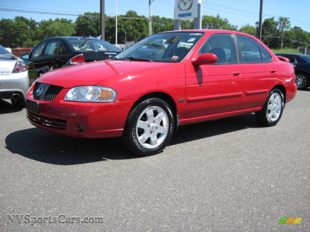Code Red / Charcoal Nissan Sentra 1.8 S Special Edition
