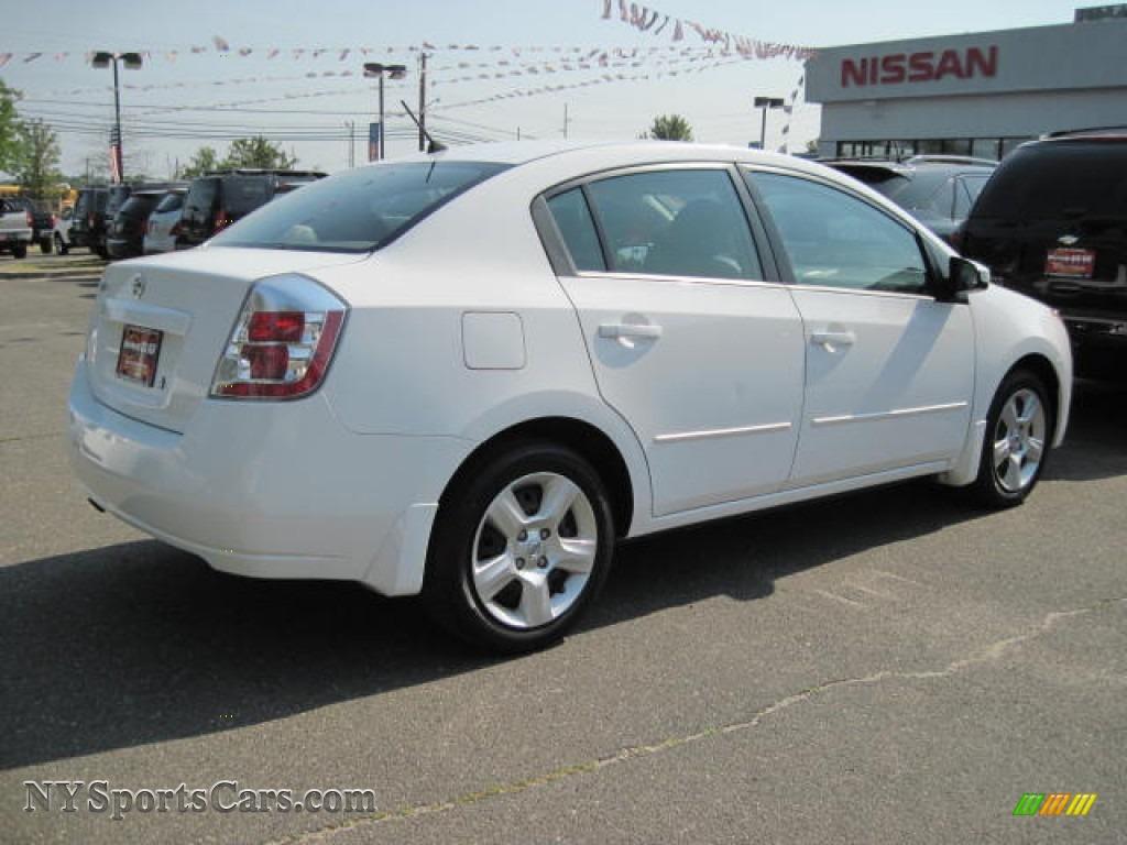 2009 nissan sentra 2 0 in fresh powder white photo 3 620991 cars for. Black Bedroom Furniture Sets. Home Design Ideas