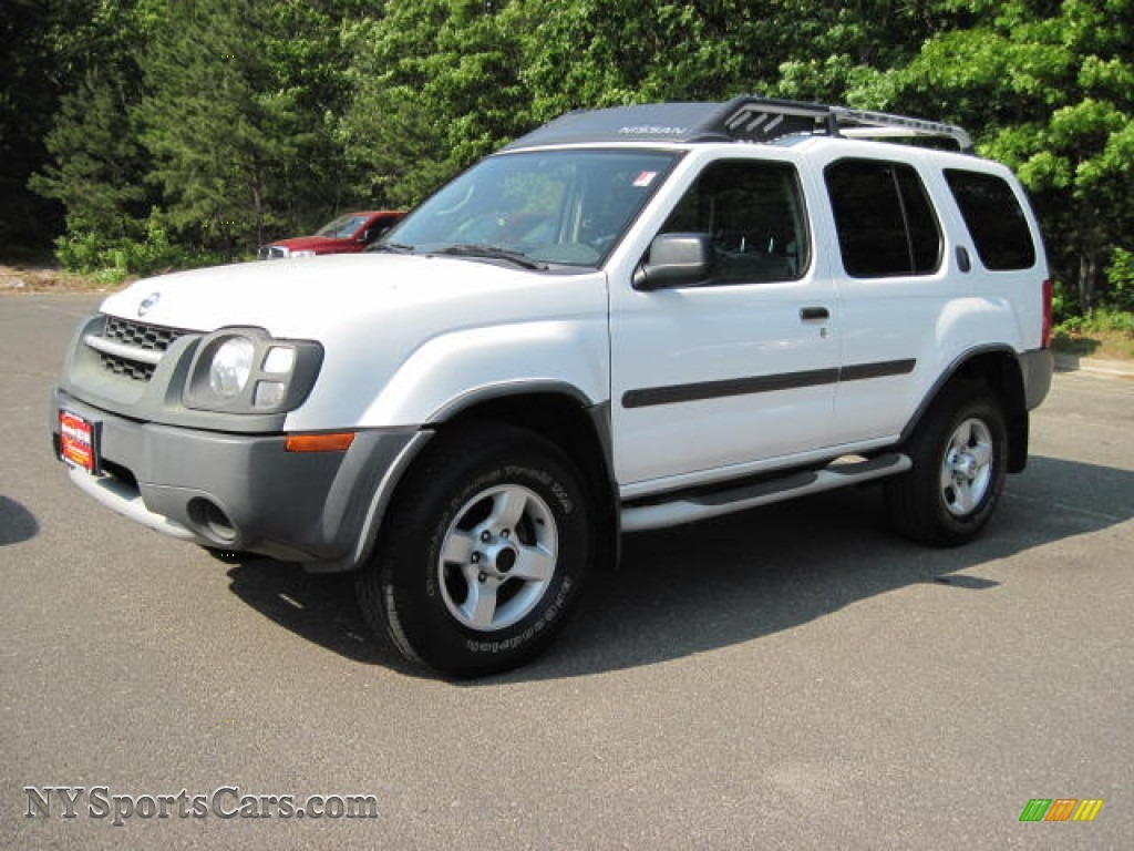 2004 nissan xterra xe 4x4 in avalanche white 672458. Black Bedroom Furniture Sets. Home Design Ideas