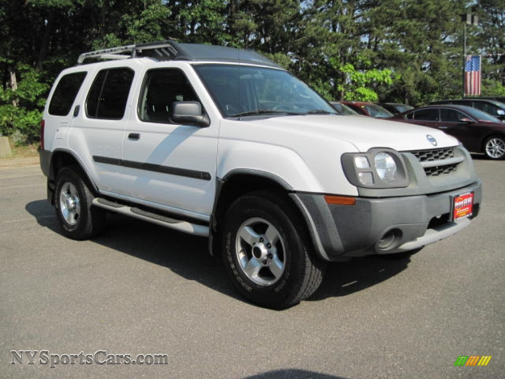 2004 Nissan Xterra Xe 4x4 In Avalanche White Photo 4