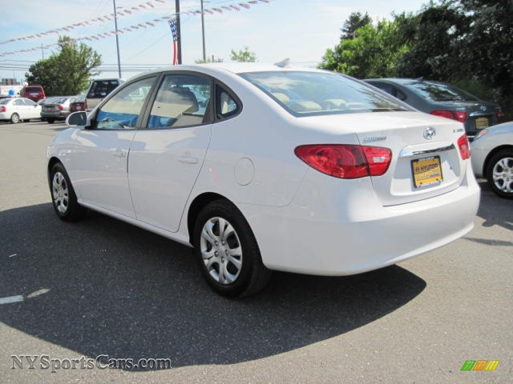 2010 hyundai elantra gls in nordic white photo 2 980344 cars for sale in. Black Bedroom Furniture Sets. Home Design Ideas