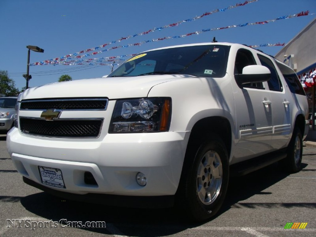 2010 chevrolet suburban lt 4x4 in summit white photo 4 226308 nysportsca. Cars Review. Best American Auto & Cars Review