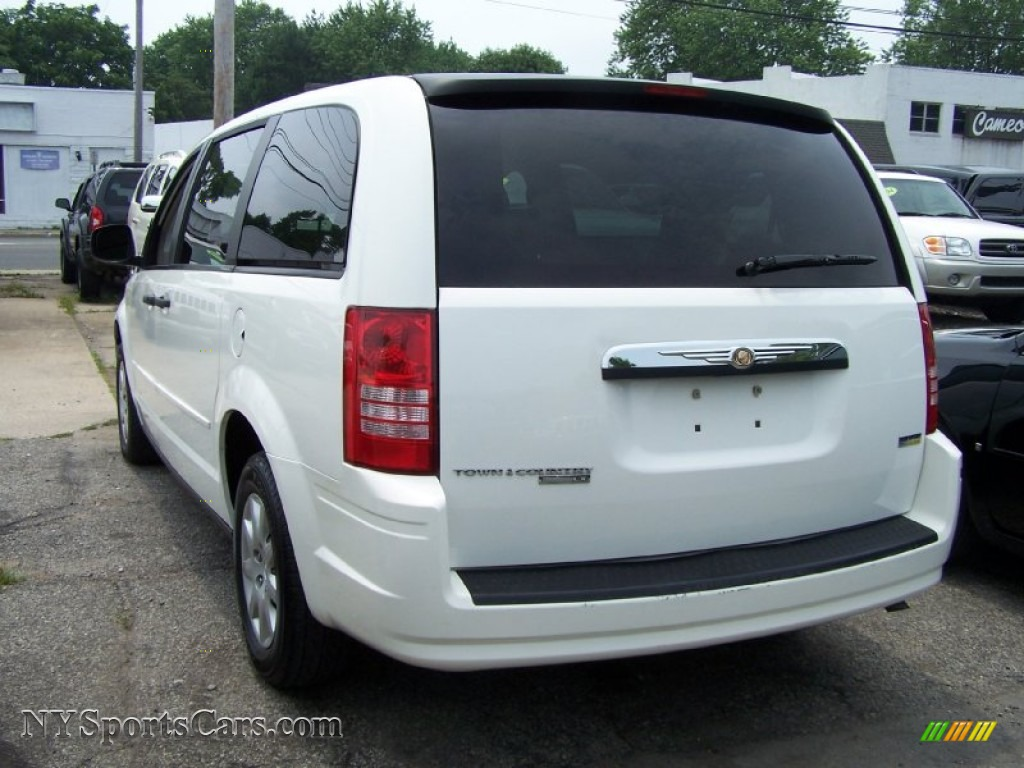 2008 chrysler town country lx in stone white photo 2 670845 cars for. Black Bedroom Furniture Sets. Home Design Ideas