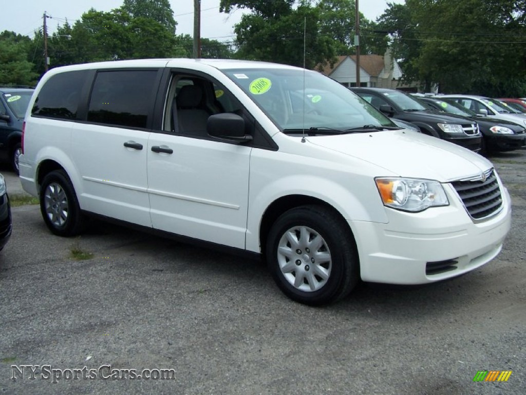 2008 chrysler town country lx in stone white photo 4 670845 cars for. Black Bedroom Furniture Sets. Home Design Ideas