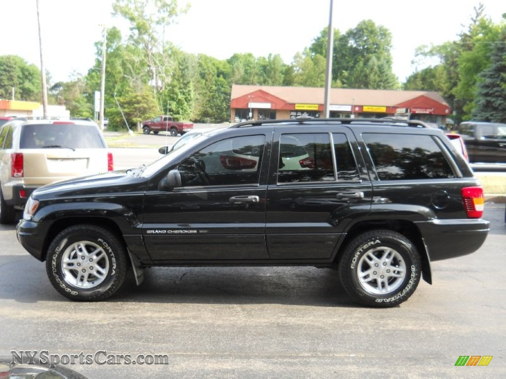 2004 jeep grand cherokee laredo 4x4 in brillant black crystal pearl photo 15 100077. Black Bedroom Furniture Sets. Home Design Ideas