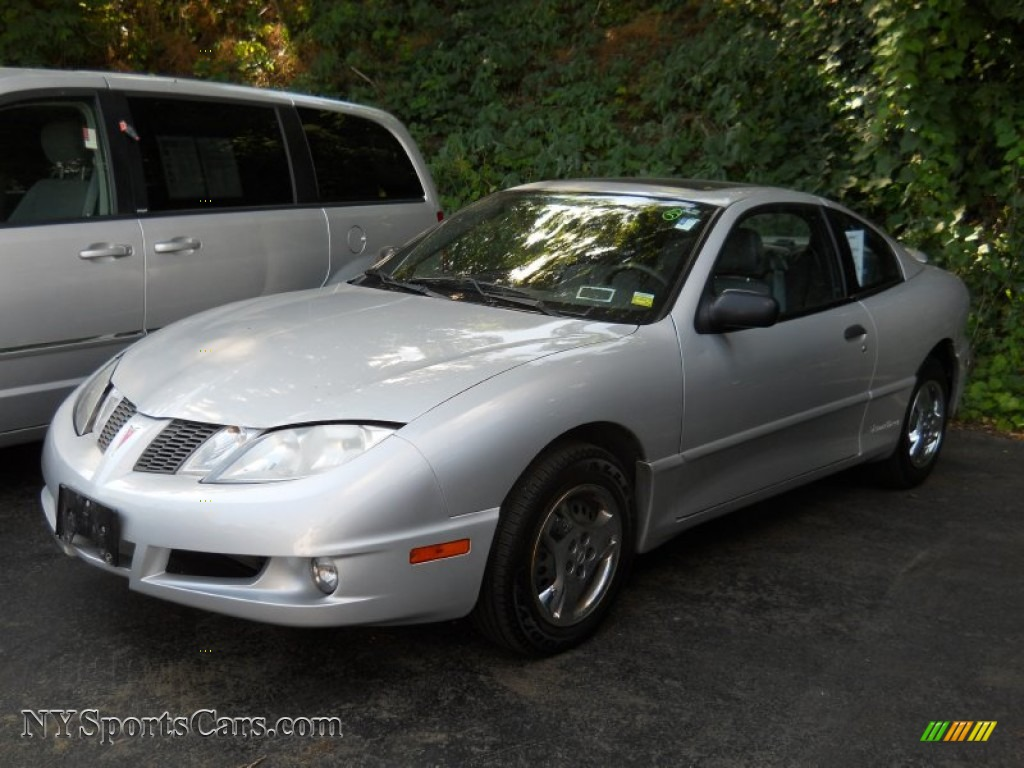2004 Pontiac Sunfire Coupe in Ultra Silver Metallic ...
