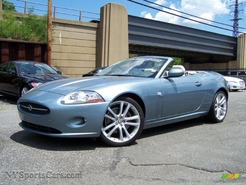 Zircon Metallic / Charcoal Jaguar XK XK8 Convertible