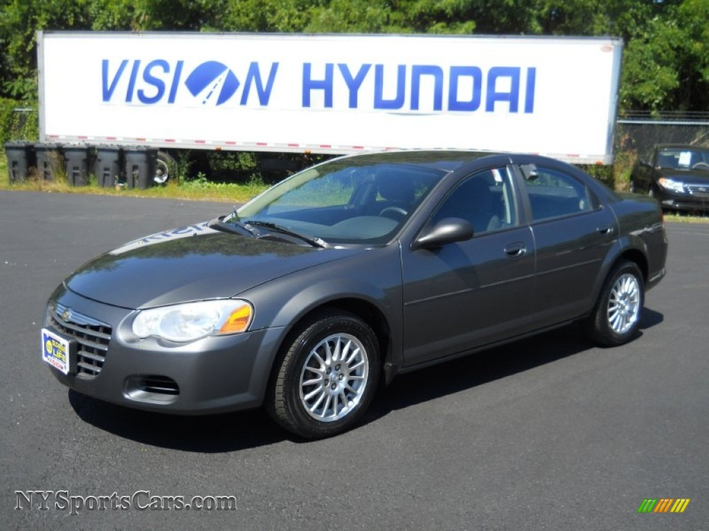 2004 chrysler sebring lx sedan in graphite metallic. Black Bedroom Furniture Sets. Home Design Ideas