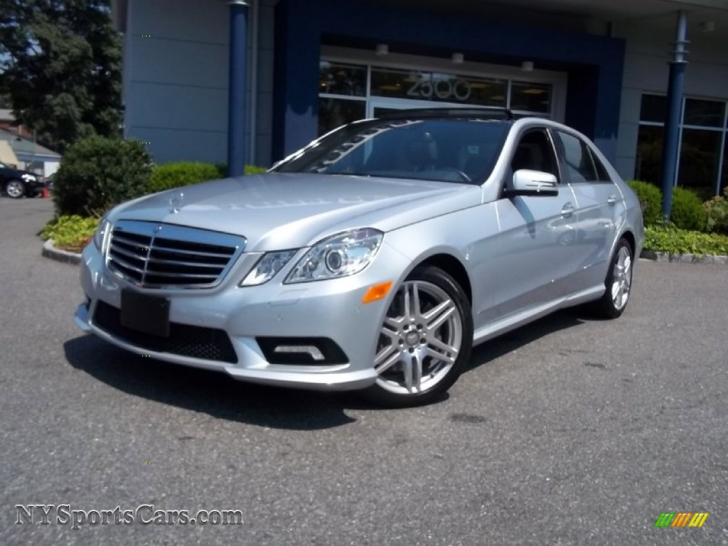 2010 mercedes benz e 550 4matic sedan in iridium silver for Mercedes benz silver