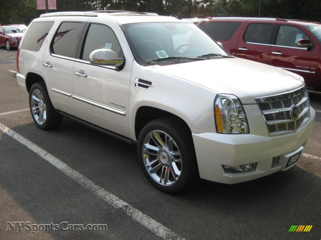 2011 cadillac escalade platinum awd in white diamond tricoat 340884 cars. Black Bedroom Furniture Sets. Home Design Ideas