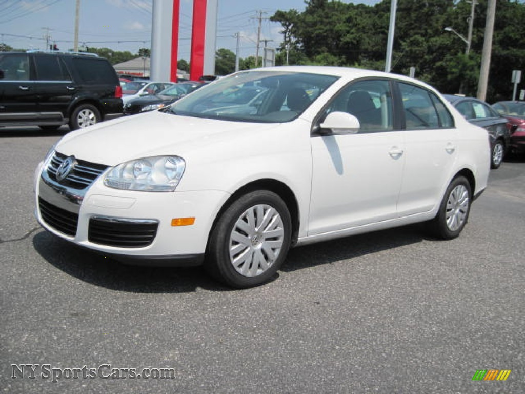 2010 volkswagen jetta s sedan in candy white 028557 cars for sale in new york. Black Bedroom Furniture Sets. Home Design Ideas