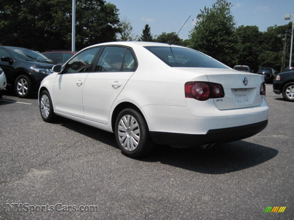 2010 volkswagen jetta s sedan in candy white photo 2 028557 cars for. Black Bedroom Furniture Sets. Home Design Ideas
