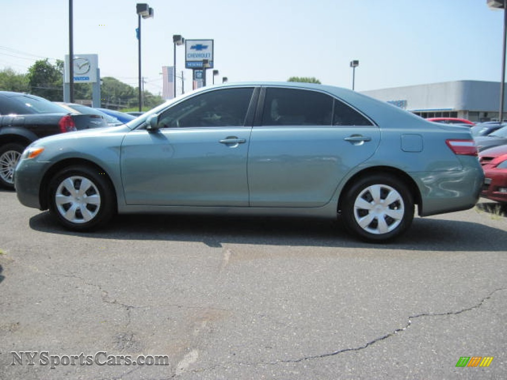 2008 Toyota Camry Le In Aloe Green Metallic 037324