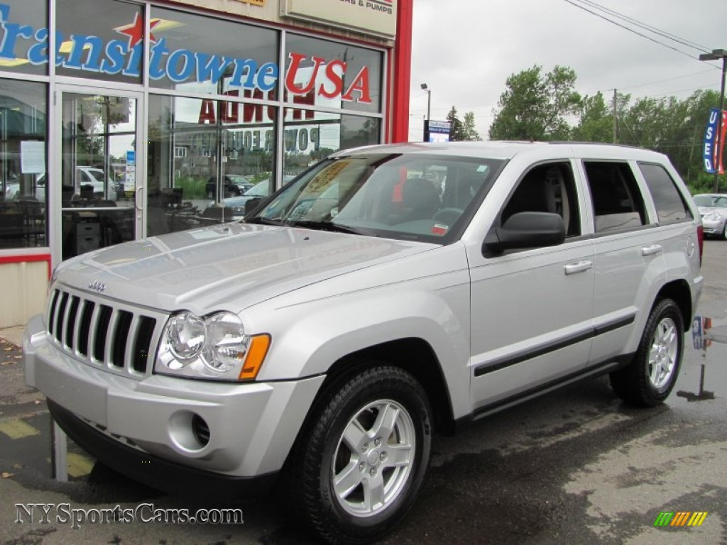2007 jeep grand cherokee laredo 4x4 in bright silver metallic