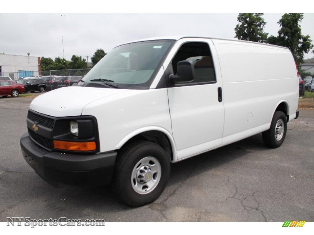 2011 Chevrolet Express 2500 Work Van in Summit White - 113910 ...