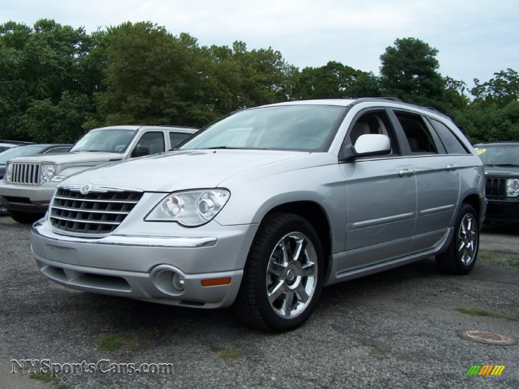 2007 chrysler pacifica limited awd in bright silver metallic 211813 cars. Black Bedroom Furniture Sets. Home Design Ideas