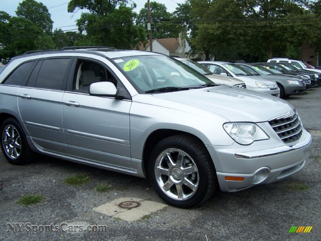 2007 chrysler pacifica limited awd in bright silver metallic photo 3 211813 nysportscars. Black Bedroom Furniture Sets. Home Design Ideas