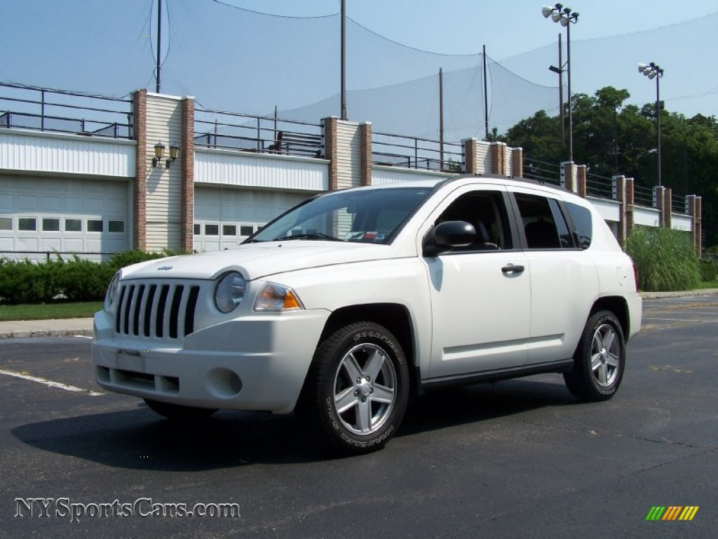2007 jeep compass sport 4x4 in stone white 256757 cars for sale in new york. Black Bedroom Furniture Sets. Home Design Ideas