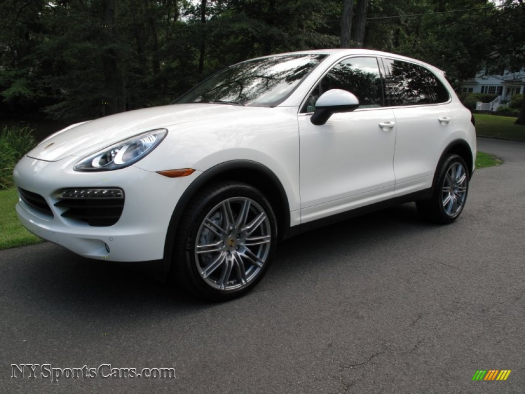 2011 porsche cayenne s in sand white a46533. Black Bedroom Furniture Sets. Home Design Ideas