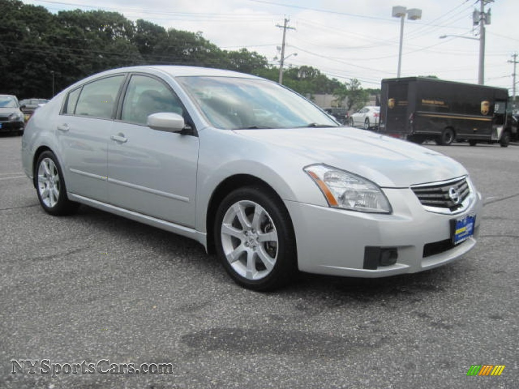 2008 Nissan Maxima 3.5 SE in Radiant Silver Metallic photo ...